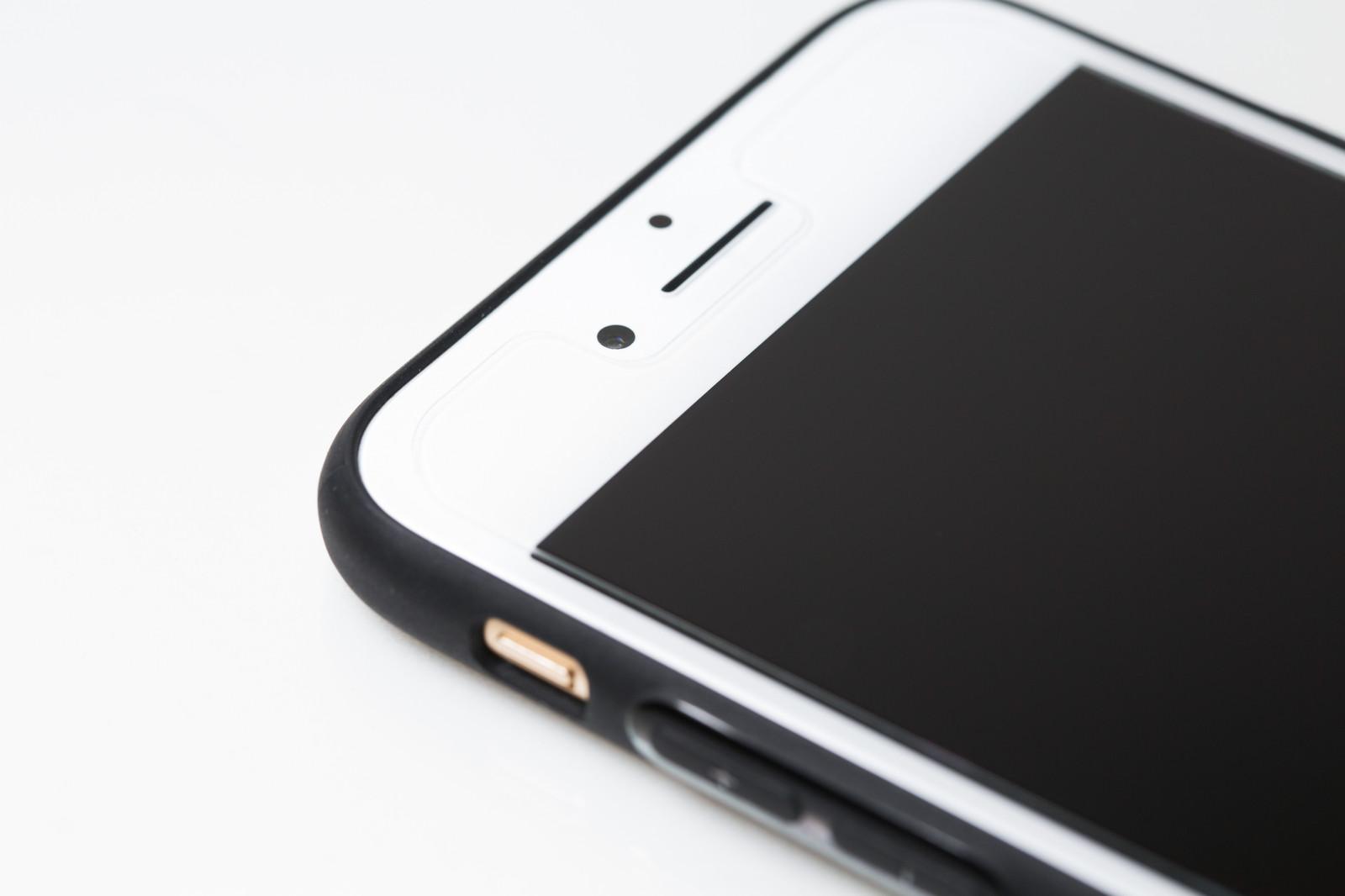 iPhoneにボタンを追加!戻るボタンが使える保護フィルム