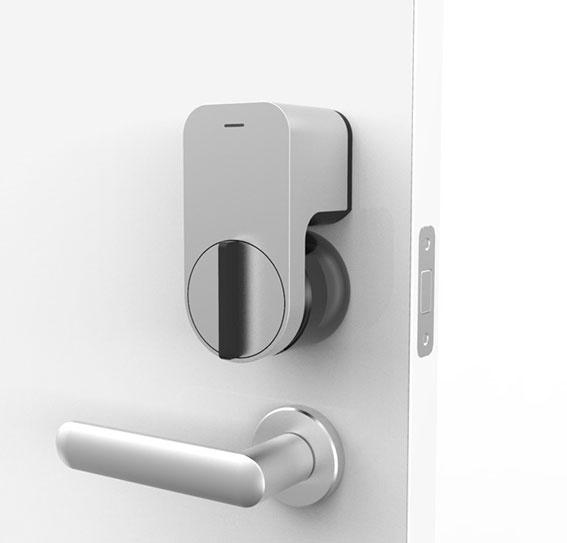 『Qrio Smart Lock』スマホで開け閉め!?家の鍵が大変身!